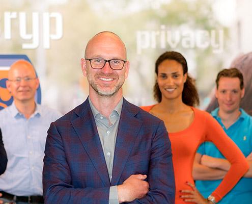 Unsere Firma - Adam Knoop | Viacryp